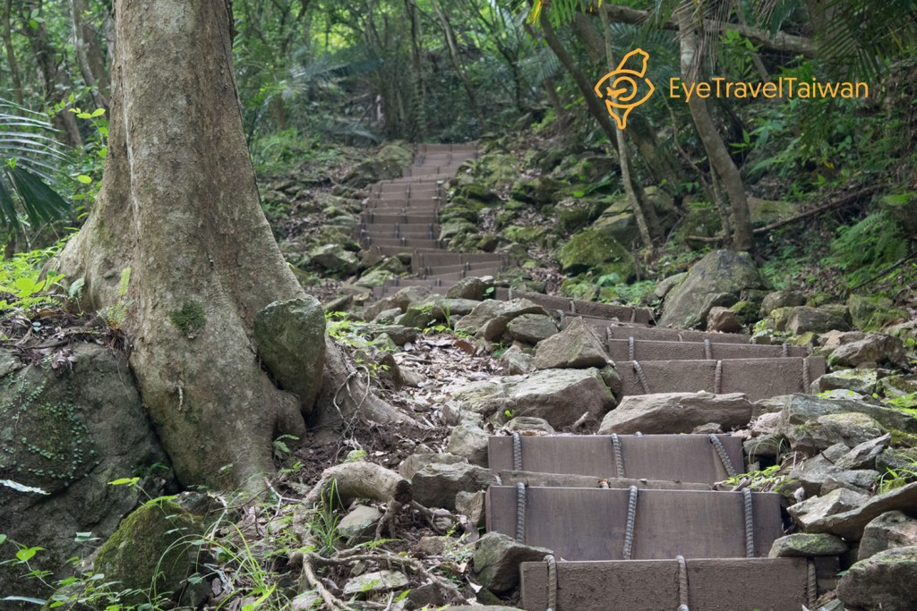 Uphill with Steps 拷貝